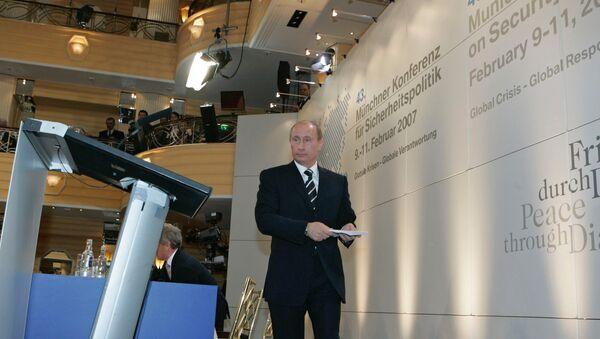 "Il discorso ""profetico"" di Vladimir Putin a Monaco - Sputnik Italia"