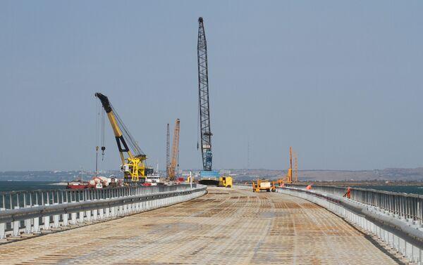 Il cantiere di costruzione del ponte sullo stretto di Kerch - Sputnik Italia