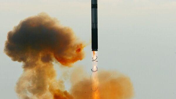 Il lancio del missile balistico intercontinentale RS-20 Voyevoda (SS-18 Satan) - Sputnik Italia