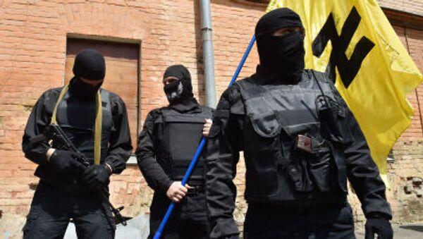Сторонники украинского радикального движения Правый сектор - Sputnik Italia
