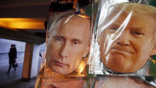 Vladimir Putin e Donald Trump - Sputnik Italia