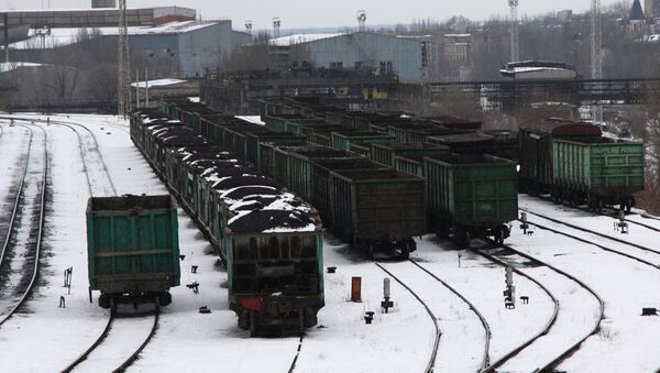 Train cars with coal at the Donetsk railway station. In early January, Ukrainian radicals who earlier participated in the fighting in the Donbass started a blockade against the Donetsk People's Republic - Sputnik Italia