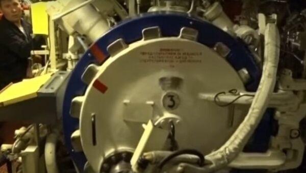 Evacuazione dei sommergibilisti attraverso il compartimento siluri - Sputnik Italia