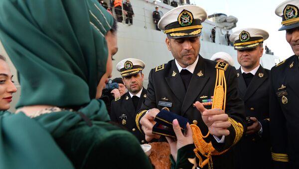 Navi iraniane nel porto di Makhachkala - Sputnik Italia