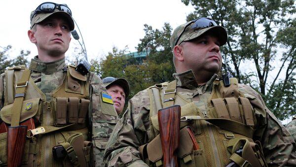 Paramilitari ucraini nel Donbass - Sputnik Italia