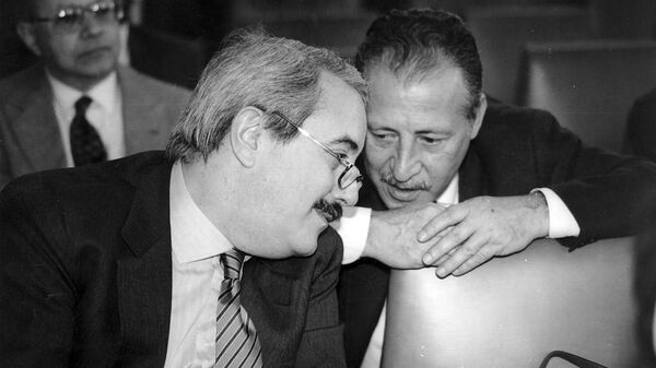 Giovanni Falcone e Paolo Borsellino - Sputnik Italia