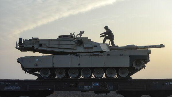 Carro armato della NATO in Romania - Sputnik Italia