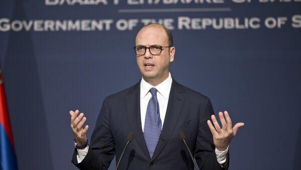 Il ministro Esteri italiano Angelino Alfano - Sputnik Italia