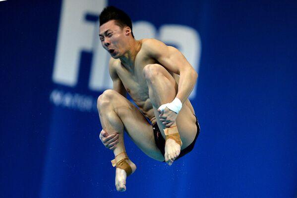 Chen Aisen, un tuffatore cinese. - Sputnik Italia