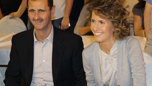 Bashar Assad e sua moglie Asma - Sputnik Italia