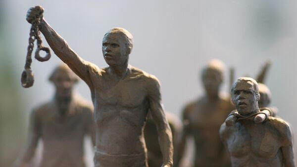 Modello in miniatura per un monumento dedicato alla schiavitù che verrà eretto in Hyde Park - Sputnik Italia
