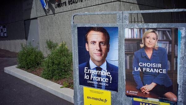 Emmanuel Macron e Marine Le Pen - Sputnik Italia