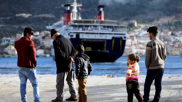 Migranti sulle coste del mar Mediterraneo - Sputnik Italia