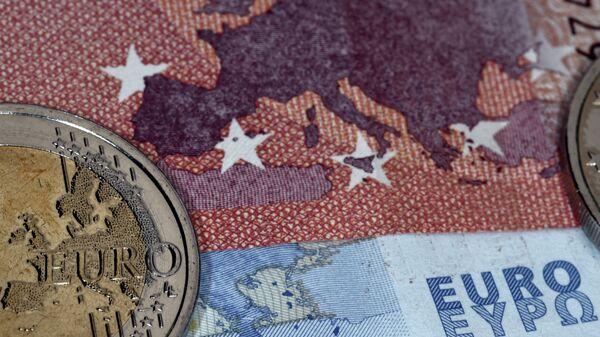 Monete e banconote di euro - Sputnik Italia