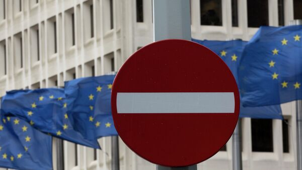 Bandiere UE - Sputnik Italia