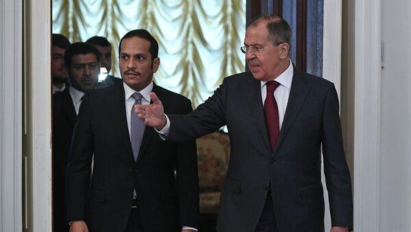 Министр иностранных дел Катара Мухаммед Аль Тани и министр иностранных дел РФ Сергей Лавров на встрече в Москве - Sputnik Italia