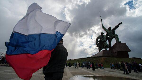 Bandiera russa a Sebastopoli, Crimea - Sputnik Italia