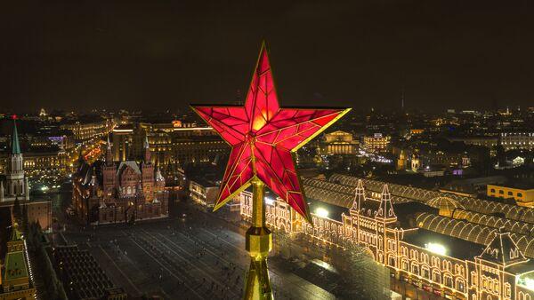 La Torre Spasskaya del Cremlino di Mosca - Sputnik Italia
