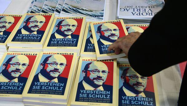 Libri Verstehen Sie Schulz su Martun Schulz - Sputnik Italia