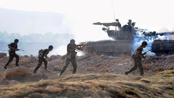Esercitazioni militari di Russia e Armenia (foto d'archivio) - Sputnik Italia