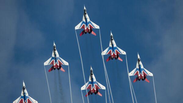 Nei cieli di Russia e del mondo intero, i 105 anni dell'Aviazione russa - Sputnik Italia