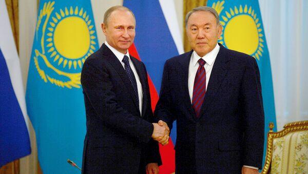 I presidenti russo e kazako, Putin e Nazarbayev - Sputnik Italia