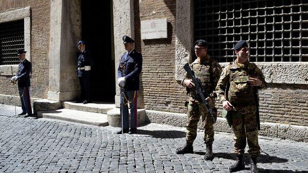 I carabinieri di Roma avanti alla Direzione Nazionale Antimafia - Sputnik Italia