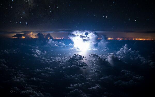 I temporali visti dagli occhi del pilota - Sputnik Italia