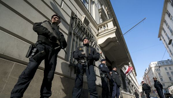 Agenti della polizia austriaca - Sputnik Italia