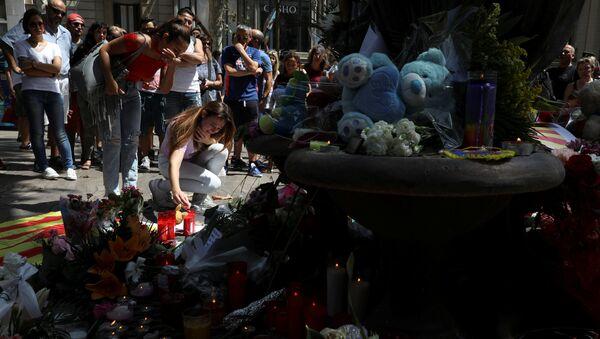 Commemorazione delle vittime dell'attentato a Barcelona - Sputnik Italia