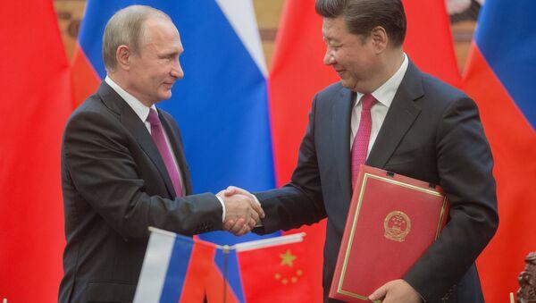 Vladimir Putin e Xi Jinping - Sputnik Italia