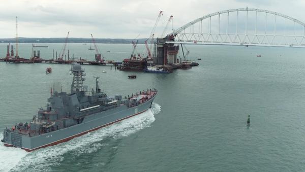 La nave Azov della Flotta del Mar Nero - Sputnik Italia