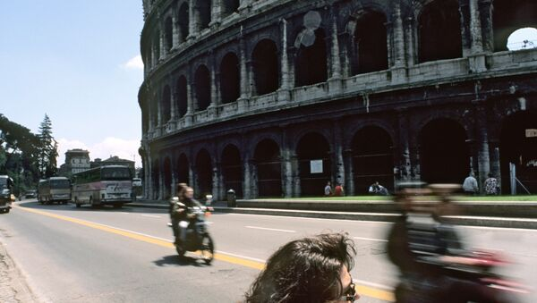 Motociclisti al Colosseo - Sputnik Italia