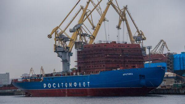 The Arktika icebreaker at the Admiralty Shipyards in St. Petersburg - Sputnik Italia