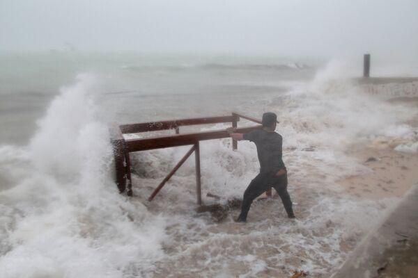 Durante l'uragano Maria a Punta Cana, Repubblica Dominicana. - Sputnik Italia