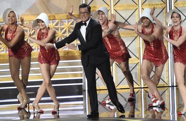 Il conduttore del premio Emmy Stephen Colbert. - Sputnik Italia