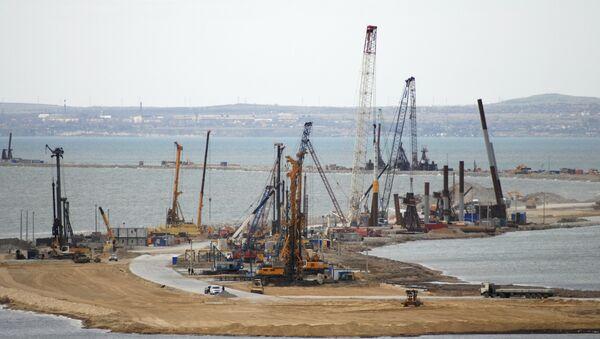 La costruzione del ponte della Crimea - Sputnik Italia
