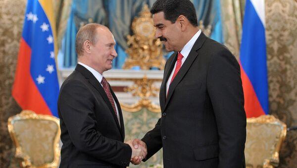 Vladimir Putin e Nicolas Maduro - Sputnik Italia
