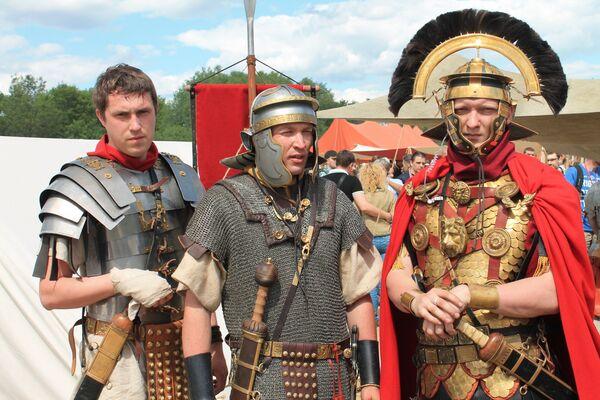 Gladiatori romani a Mosca. - Sputnik Italia