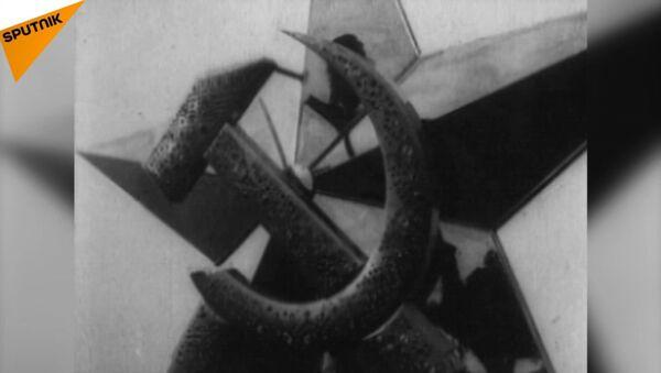 82 anni dalla prima stella sul Cremlino - Sputnik Italia