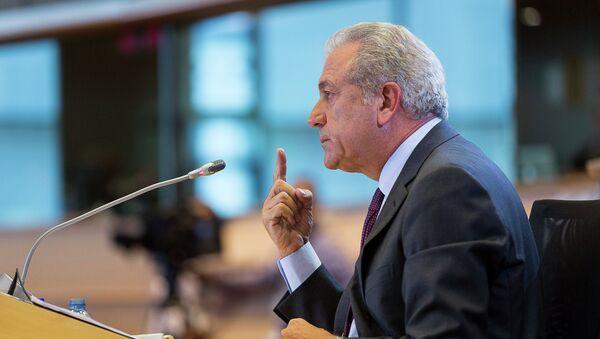Dimitris Avramopoulos - Sputnik Italia