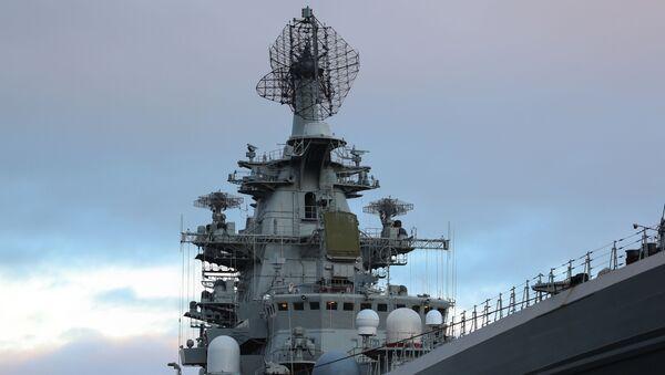 Атомный крейсер Петр Великий на причале Североморска - Sputnik Italia