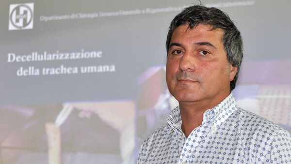 In this file photo dated Friday, July 30, 2010, Dr. Paolo Macchiarini during a press conference announcing what he called the successful transplant of windpipes using innovative stem cell tissue regeneration, in Florence, Italy, Friday, July 30, 2010 - Sputnik Italia
