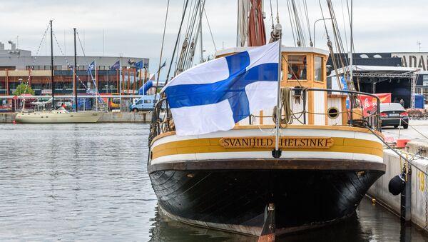 La bandiera della Finlandia - Sputnik Italia