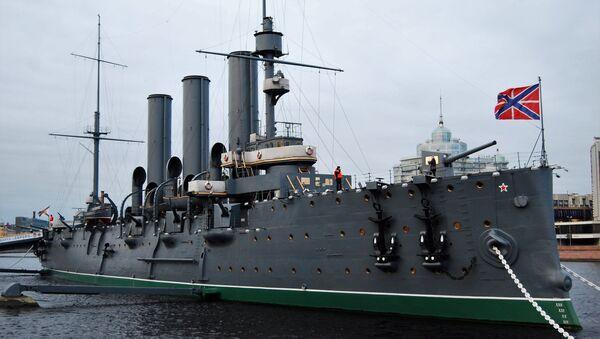 L'incrociatore Aurora, uno dei simboli della Rivoluzione russa - Sputnik Italia