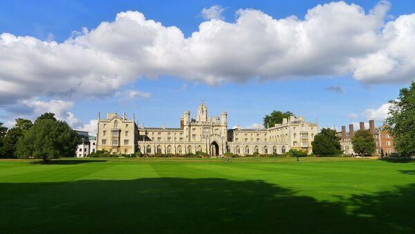 Cambridge University - Sputnik Italia