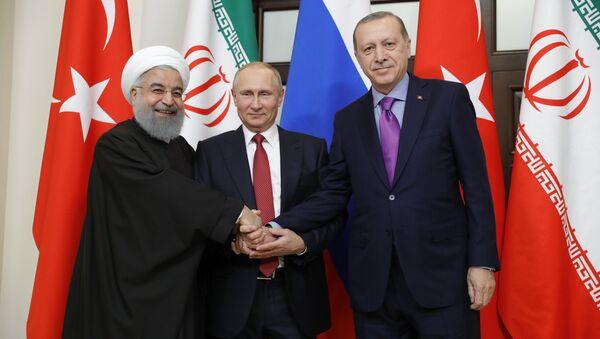 Incontro tra Putin, Rouhani ed Erdogan a Sochi - Sputnik Italia