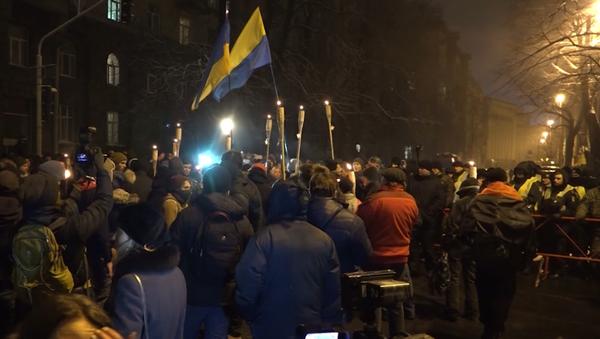 Marcia degli attivisti dell'Euromaidan a Kiev - Sputnik Italia