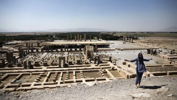 Il sito della città antica persiana di Persepolis nei pressi di Shiraz nel sud dell'Iran (foto d'archivio) - Sputnik Italia