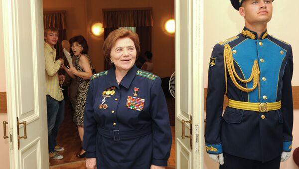La pilota Marina Popovich - Sputnik Italia